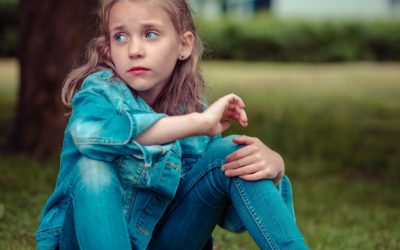 7 Toxic Compliments to Avoid Giving Your Child