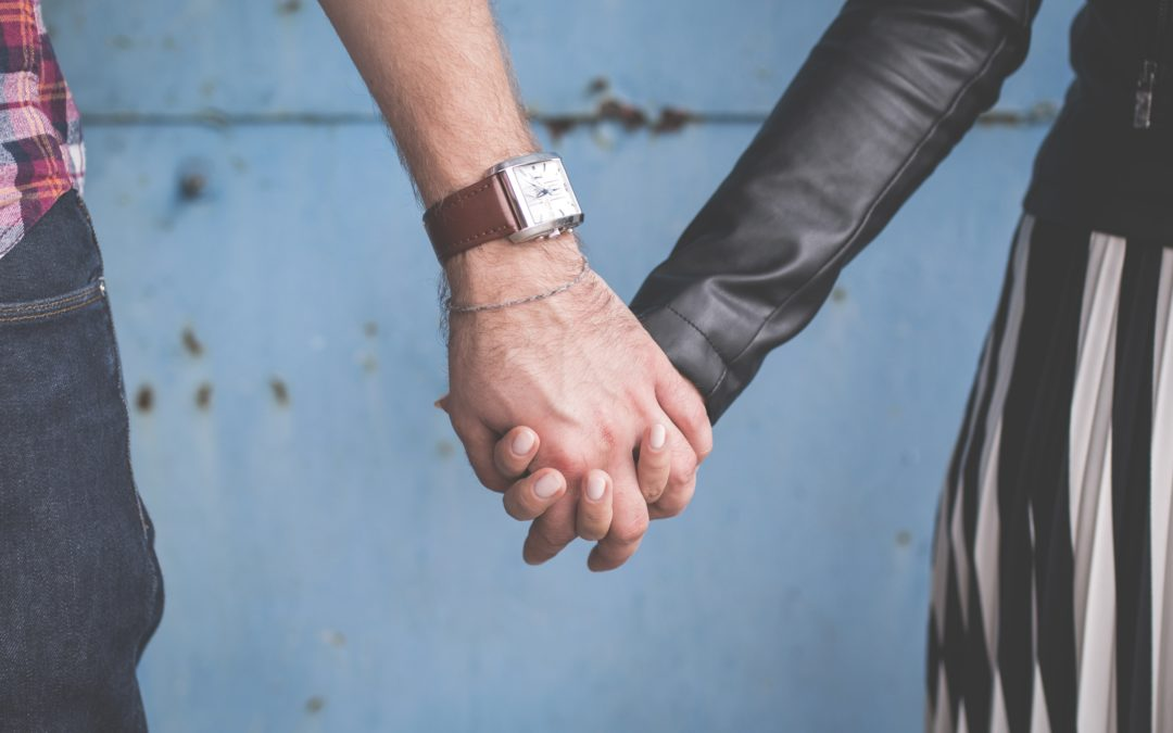 7 Dating Green Light Qualites to Share with Your Dating-Age Teen